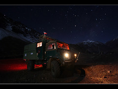 with the unimog - near the top of the world - (piscochile / Hugh Honeyman) Tags: world argentina museum canon army x powershot mercedesbenz unimog cordillera ejercito argentino geschichte lkw automobil 431 610 gaggenau a allradfahrzeug transportfahrzeug piscochile unimogmuseum misfotosfavoritas universalmotorgert