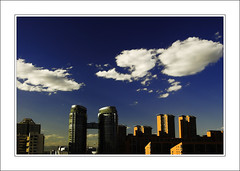 Fresh Sky After Strong Wind (cavenli2008) Tags: china blue sky cloud white building d50 day beijing large sunny nikond50 filter cpl tamron2875mmf28 tamrona09