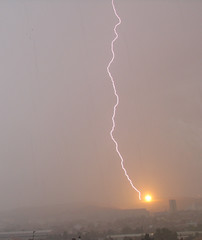 Fireball (This is not the sun !) (Lolo_) Tags: morning storm marseille explosion lightning orage clair foudre