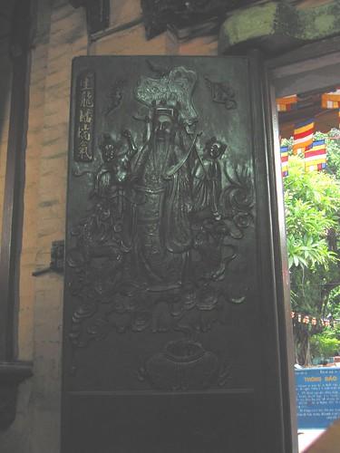 Chua Phuoc Hai Temple door