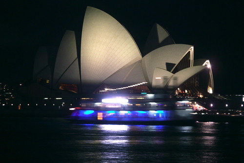 ferry and the opera house by alumroot