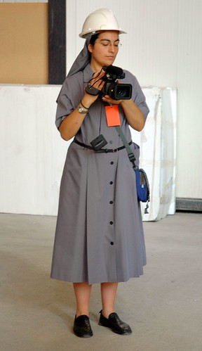 barcelona hardhat video nun todayisagoodday tiagd kendouglas