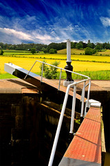 Canal lock at Knowle (Davoud D.) Tags: deleteme deleteme2 delete10 delete9 delete5 delete2 canal saveme4 saveme5 saveme6 saveme 500v20f savedbythedeletemegroup saveme2 saveme3 lock saveme7 delete6 delete7 save3 delete8 delete3 100v10f delete4 save2 saveme10 save4 saveme8 saveme9 coventry warwickshire saveme11 grandunion knowle 30faves30comments300views