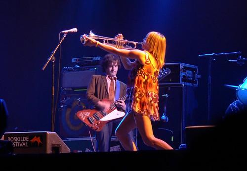 [Billede: Sonic Youth på Roskilde 2005]
