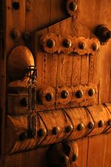Let me in (Sajawie) Tags: sajawie almasmek door handcraft saudiarabia riyadh wood heritage