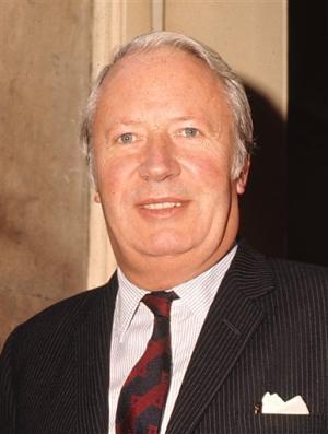 إدوارد هيث .... رئيس وزراء بريطانيا السابق 27140794_3bf657848e.jpg