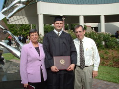 DSCF0100 (xst0rmx) Tags: mom mary graduation dad auntirma uncledon mikesgraduation phillharmonic