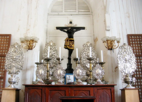 Altar with ramilletes