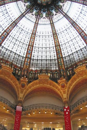 Galeries Lafayette dome, dieux
