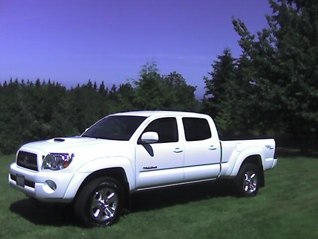 05 toyota tacoma truck