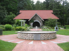 Greeley Park (Mama Jackie) Tags: greeleypark nashua nashuanh nh fountain