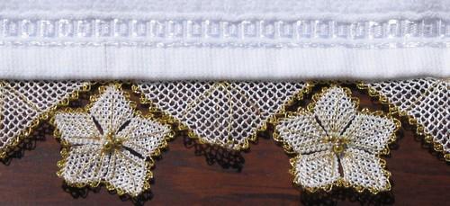 yaldızlı havlu kenarı by fiyonk.net.