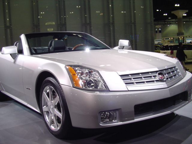 car automobile vehicle laautoshow laconventioncenter laautoshow2004 cadillacxlr