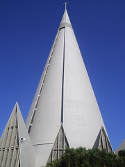 Church (marlenells) Tags: blue sky 15fav church freeassociation topc25 topv111 wonderful wonder cone lovely1 lonelyplanet artes maringá lonelycity