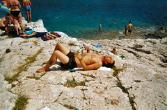 Felsige Kste (status6) Tags: summer beach stone strand meer sommer urlaub croatia steine fels kste kroatien sonnen mittelmeer steinstrand
