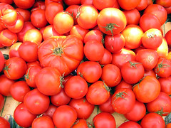 Tomatoes (libraryman) Tags: california ca red summer vegetables farmers market fresh claremont colorhsvavg09bddf colorhsvmed05c7f3 colorrgbavge0613b colorrgbmedf44d36 0xde573e