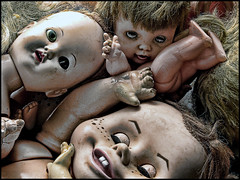 (shadowplay) Tags: dolls creepy damage oddness
