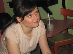 joanne (Runs With Scissors) Tags: chicago chicagofotobloggermeetup meetup roscoestreet roscoevillage 2005 nooyawkainchitown mojo caf drjoanne