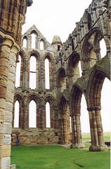 Whitby Abbey (Dean Ayres) Tags: uk england church abbey yorkshire ruin explore most whitby top20hallfame whitbyabbey englishheritage top20history interestingness76 interestingness85 01aug05 i500