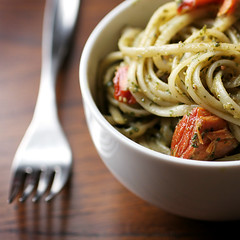 linguine pesto (speedM) Tags: food salmon pasta pesto linguine mywall cookedathome