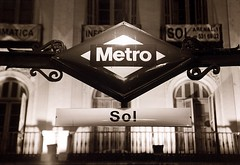 Sol Metro, Madrid (John Wallace Photography) Tags: madrid city light night spain espana jwallace johnew johnwallace