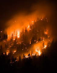 montana wildfire, forest fire (Chris Lombardi) Tags: night forest dark fire bravo montana flames nationalforest forestfire lolo topv11111 wildfire itsonginvite eternallands itsongcanoneos10d itsongeternalnorthamerica pfff 3292947 primevalforestgroups pffire pfhell