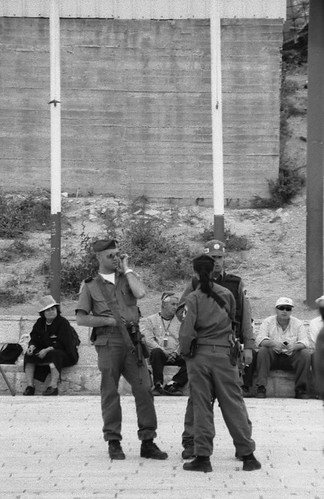 Soldiers @ the Kotel. צילום: the(?), flickr