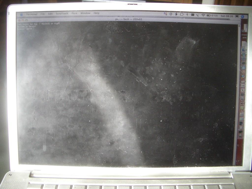 Laptop Crud