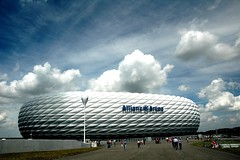 Munich - Allianz Arena (MrTopf) Tags: sky architecture modern clouds germany munich mnchen deutschland stadium soccer monaco stadion herzogdemeuron allianzarena stadio bayernmnchen frttmaning top20bavaria top20bavaria20