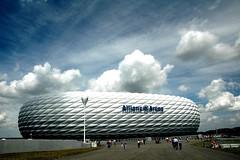 Munich - Allianz Arena (MrTopf) Tags: sky architecture modern clouds germany munich münchen deutschland stadium soccer monaco stadion herzogdemeuron allianzarena stadio bayernmünchen fröttmaning top20bavaria top20bavaria20