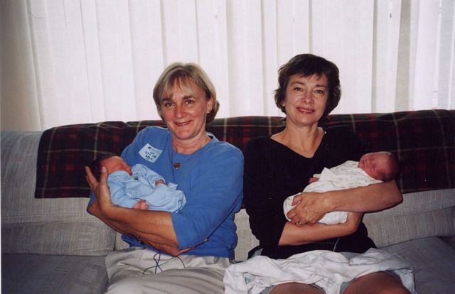 2 grandmas 2 babies