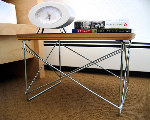 Eames Wire Side Table