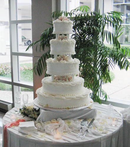 Wedding Cake, Before