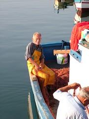 pescatori ad Acitrezza (jsan) Tags: sea fisherman sicilia granfather acitrezza