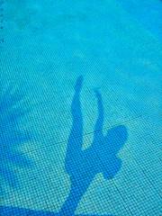 Playing with my Shadow (_Paula AnDDrade) Tags: blue light shadow brazil woman selfportrait art me beautiful female hair photography model long photographer legs artistic body fotografia fotgrafa thephotographer paulaanddrade