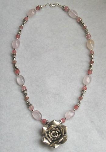 Thai rose pink choker