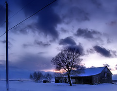 Dramatic* (Imapix) Tags: voyage travel blue winter sunset sky snow canada nature clouds barn soleil photo photographie quebec dramatic qubec coucherdesoleil imapix mirabel ybp gatanbourque copyright2006gatanbourqueallrightsreserved  copyright2006gatanbourqueallrightsreserved pix50 imapixphotography gatanbourquephotography