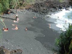 Kehena Beach 001 (Peter Baer) Tags: beach nude blacksand hawaii bigisland 500views 500 puna kehena nudebeach hawaiibeach hawaii2002 jan252006 kehenabeach