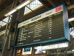 Hbf Munich (Just Back) Tags: train munich trainstation depart ziel departure departures hbf gleise muenchen augsburg passau nuernberg hinweise mittenwald abfahrt ingolstadt memmingen mnchenhauptbahnhof