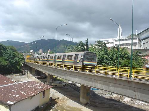 Caracas Metro por Jonathan Lawson.