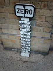 Zero post