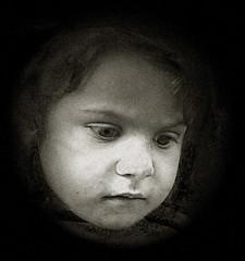 Enfant de mendiant a marseille (guerriere) Tags: portrait theface golddragon aplusphoto blackandwhitephotoaward ithinkthisisart