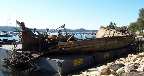 Wreck of the Lady Kendall formerly the Lenna Koolewong Reserve 4th May 2007
