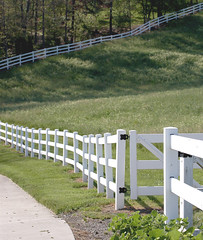 Fence (Cliff Michaels) Tags: trees white grass fence d50 shadows knoxville farm tennessee nikond50 whitepicketfence michaels knoxcounty cliffmichaels tazewellpike tennpenny photoscliff