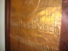 "john david bosch • <a style=""font-size:0.8em;"" href=""http://www.flickr.com/photos/70272381@N00/491996339/"" target=""_blank"">View on Flickr</a>"