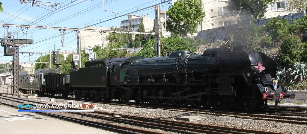 La 241 P 17 en gare de Marseille-Blancarde