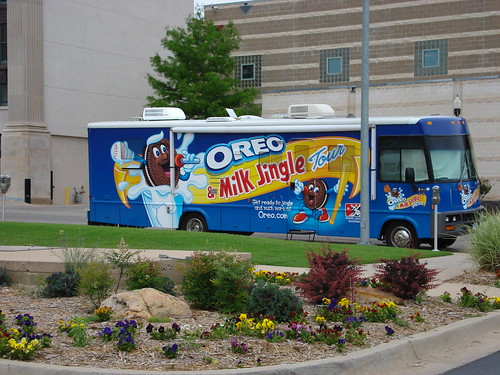 The Oroe Cookie Bus