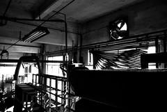 pericolo: eccesso di luce - by remuz [Jack The Ripper]