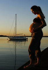 expecting... (_Paula AnDDrade) Tags: sea woman lake beautiful wow photography boat mother pregnancy pregnant lindo va fotografia paulaanddrade tomyfather 200750plusfaves platinumportrait