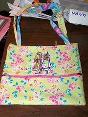 Close up of Manda's Bag Artist side